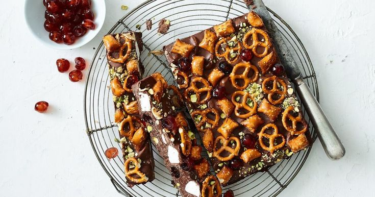 Pretzels add some crunch to this decadent peanut butter rocky road.