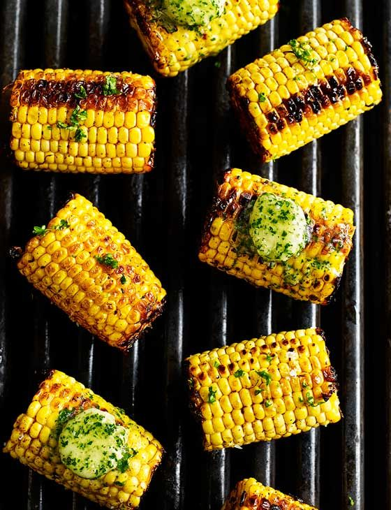 Mexican-spiced corn on the cob with garlic and herb butter