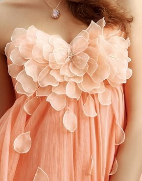 Beautiful Chiffon Peach Dress-- I want to buy this for my friends bridesmaid dress.