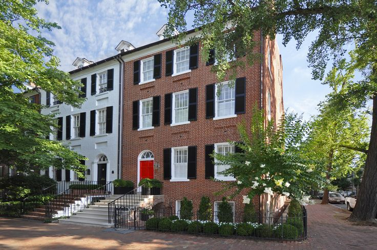 Restored federal style townhouse georgetown washington for Townhouse architectural styles