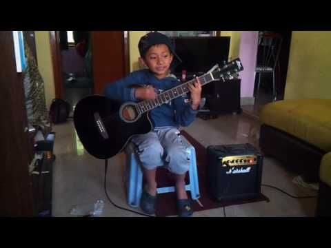 Cheap Thrill - Sia cover by 8 year old boy (Derek)