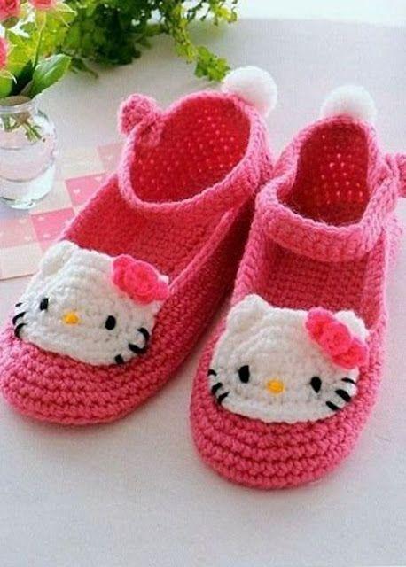 """#590 Zapatos de bebé """"Hello Kitty"""" a Crochet"""