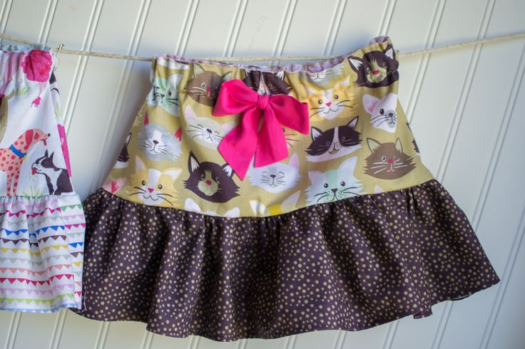 Little Ruffle Skirts {with a free pattern} Sewing
