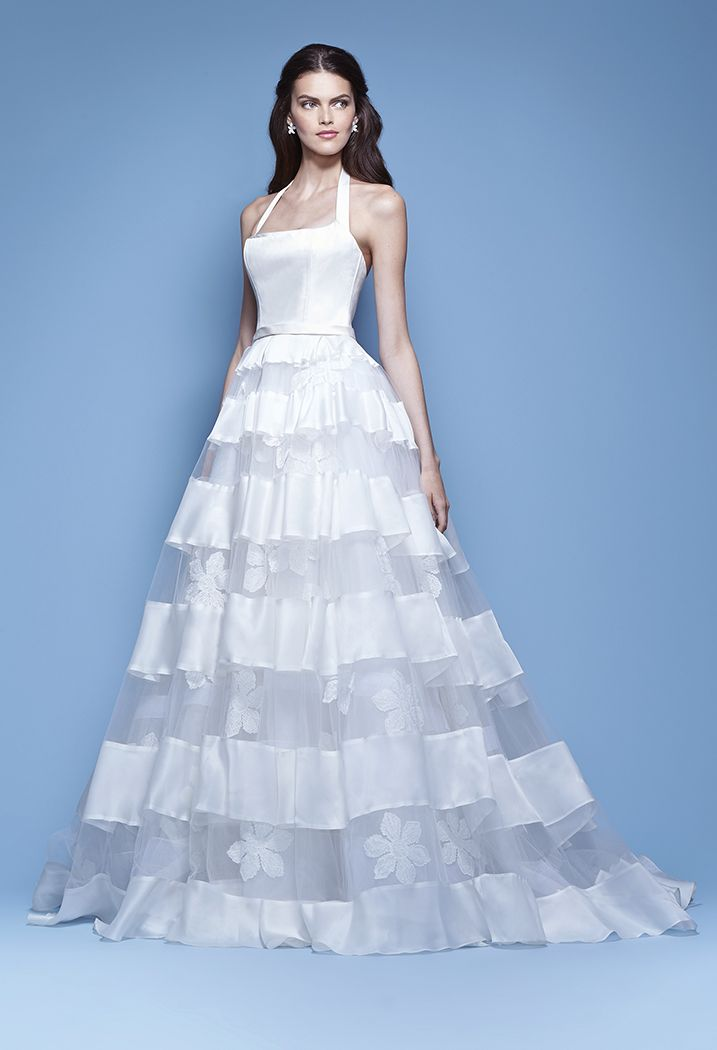 49 best Carolina Herrera images on Pinterest | Wedding frocks ...