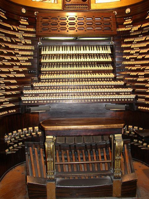 Largest organ in the world - Atlantic City`s Boardwalk Hall.  The music rack above the 7th manual appears to be miles away from the organist's eyes, but I suppose most players would have their music memorized.  You could be there for days selecting stops.  Fortunately, there are dozens of presets!  Yet the pedal board appears not to be a full one.