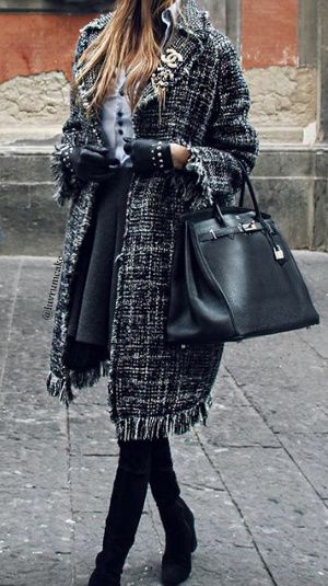 Tweed and Hermes @michaelsusanno  @emmammerrick  @emmasusanno   #TwinFlamesTravelingtheUniverseTogetherMARRIEDwiththeir5CHILDRENforETERNITY  #FashionableWorkEnsemble #EmmaOwnsThisanditsinHerWorkCloset