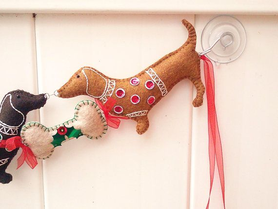 Ghirlanda di Natale bassotto Doxie Natale di PatriciaWelchDesigns