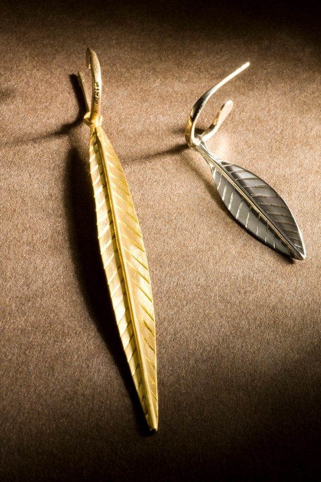 apriati earrings