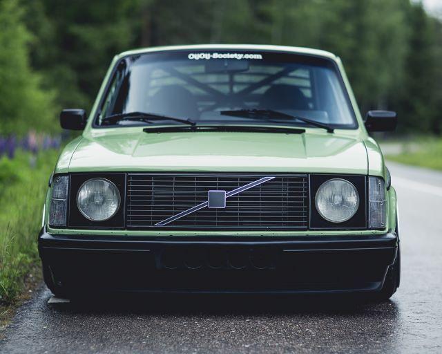 Custom Volvo 242 Diesel 5.0