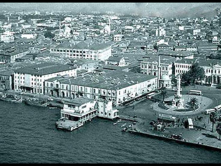 KONAK MEYDANI KUŞBAKIŞI 1930