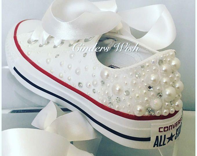 White Pearl Converse / Wedding converse / Bridal chucks / Bridal converse / Crystal shoes/ bridesmaid converse / pretty converse / prom conv