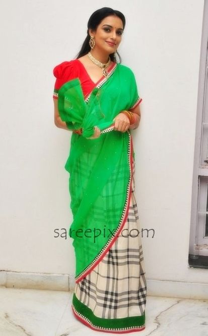 "Actress Shweta Menon in saree photos at ""She"" movie shooting spot. She was gorgeous in saree with puffed sleeves blouse."