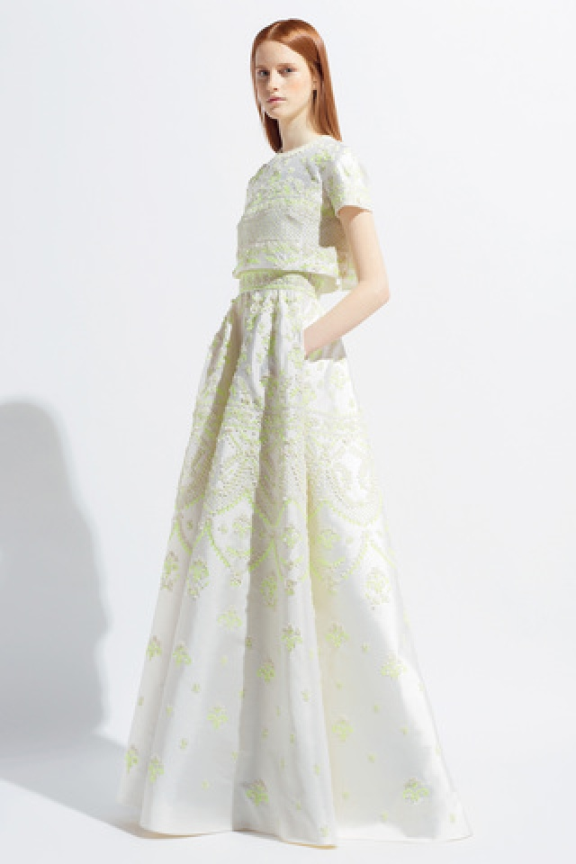 Best Wedding dress I think a us dress Beautiful I do not know where to get