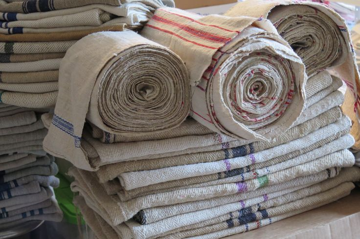 Grainsack Cereal bags Grain Sack from the country and hand-woven linen towels on the roll / bales