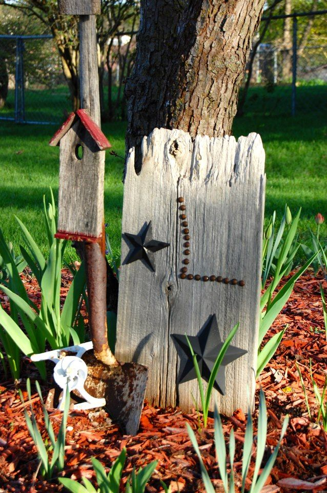 Old shovel turned into garden art trash 2 treasure for Gardening tools for 6 year old
