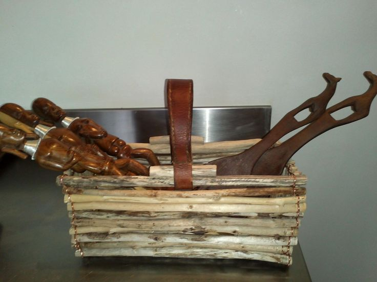 panier en bois flotte,anse cuir