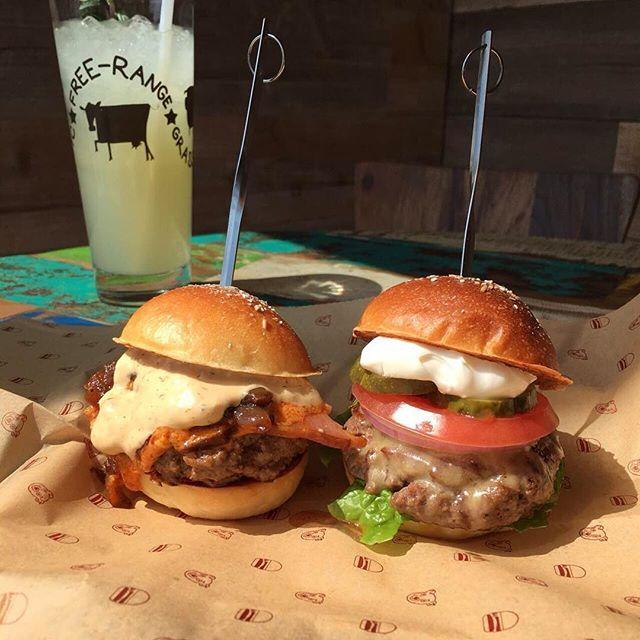 Cute Little Sliders:) 銀座店のミニバーガーは夜のおつまみとしても最適です! #BAREBURGER #BAREBURGER_JP #JAPAN #TOKYO #Jiyugaoka #Ginza #Organic #Hamburger #ベアバーガー #自由が丘 #銀座 #オーガニック #ハンバーガー