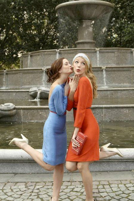 "Blair and Serena _ Fountain. Gossip Girl, Season 1 Episode 4 ""Bad News Blair""."