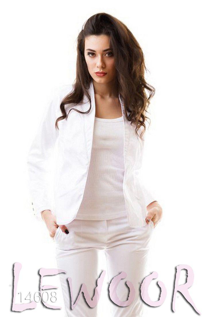 Белый брючный костюм из ткани мэмори - купить оптом и в розницу, интернет-магазин женской одежды lewoor.com