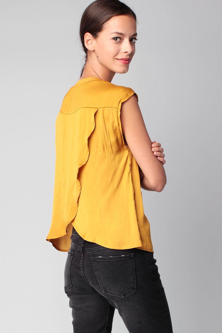 Débardeur jaune dos tissu croisé Obvious Vila sur MonShowroom.com