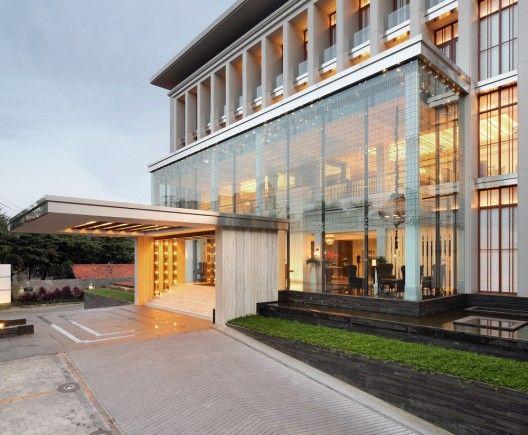 Healthcare - Erha Clinic Surabaya - HMP Architects