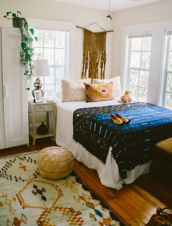 25 best ideas about bohemian bedroom design on pinterest for Bohemian style bedroom furniture