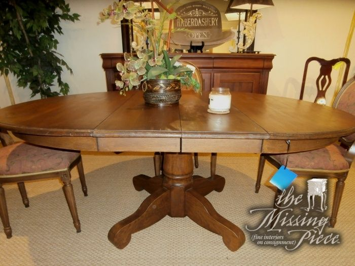 Vintage Solid Oak Pedestal Dining Room Table With 2 20 Leaves