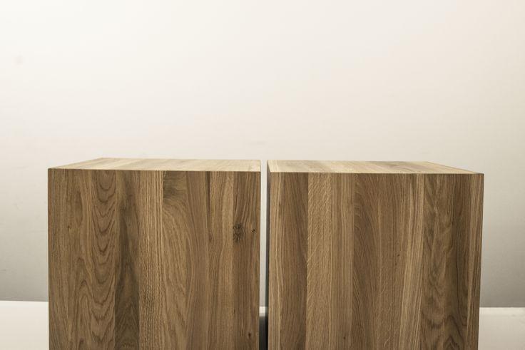 Nowoczesne stoliki kawowe Perez z litego dębu. Możesz  zaprojektować i zamówić w łatwy sposób na stronie ewodd.com