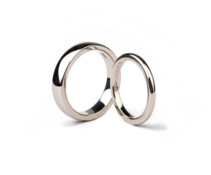 Fairtrade 18ct white gold handmade wedding rings #JonDibben #Fairtradegold #Fairtrade #weddingring