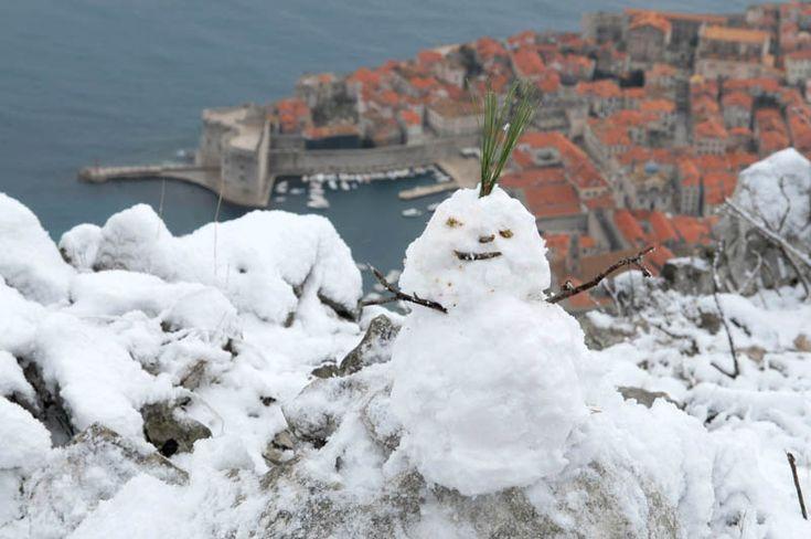 Snow in #Dubrovnik  Snijeg prekrio Hrvatsku, zabijelio se i Dubrovnik - Jutarnji.hr