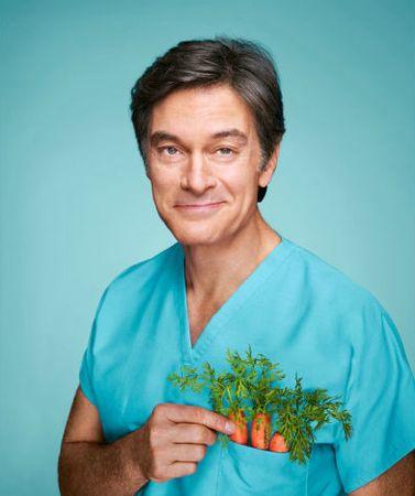 5 неожиданных секретов похудения от доктора Оза Доктор Мехмет Оз — один из самых известный врачей в США и ведущий популярной телепрограммы «Шоу доктора Оза» («Dr. Oz. Show»).