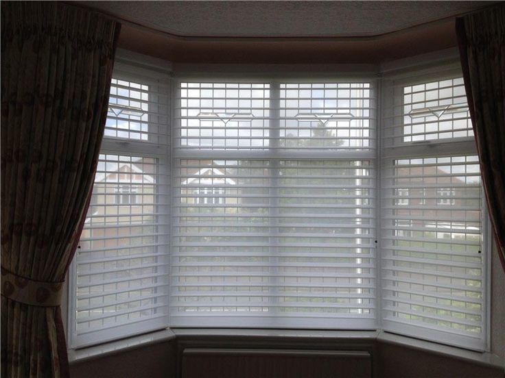 1553aabf959b33c2cc8a1c7ecdbdfc6e  bay window blinds bay windows