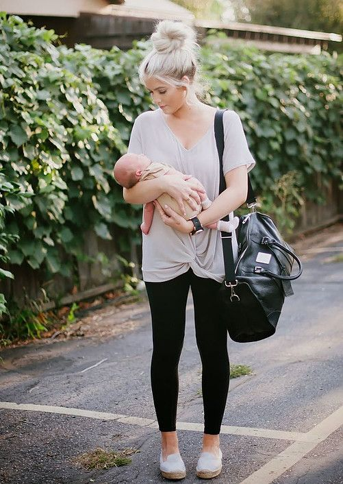 A clever twist on fabric to hide the new Mom tummy…add a bright scarf and you're good to go!