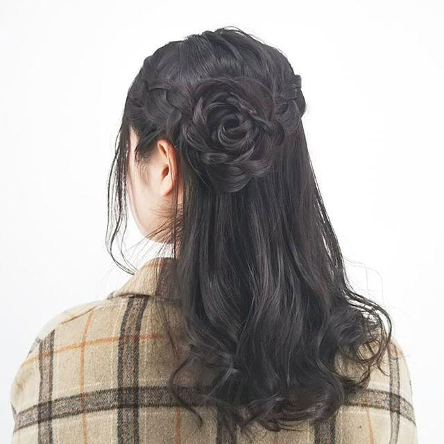 黒髪ミディアムのハーフアップスタイル ヘアスタイリング