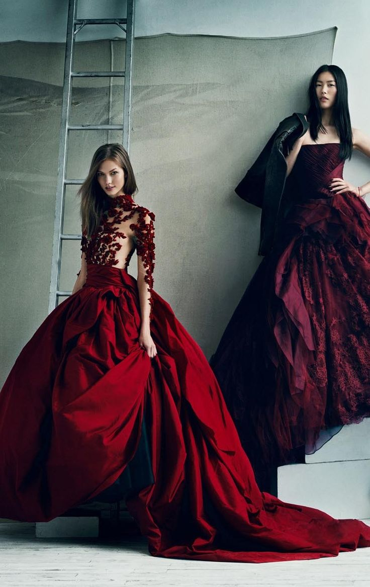 112 best vogue images on pinterest fairytale fashion for Haute couture photoshoot