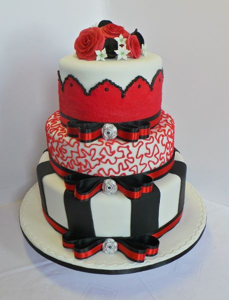 Black White And Red Cake Designs