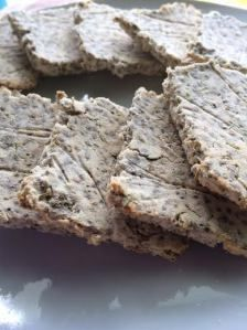 Chia & Coconut Crackers #LCHF #LowCarb
