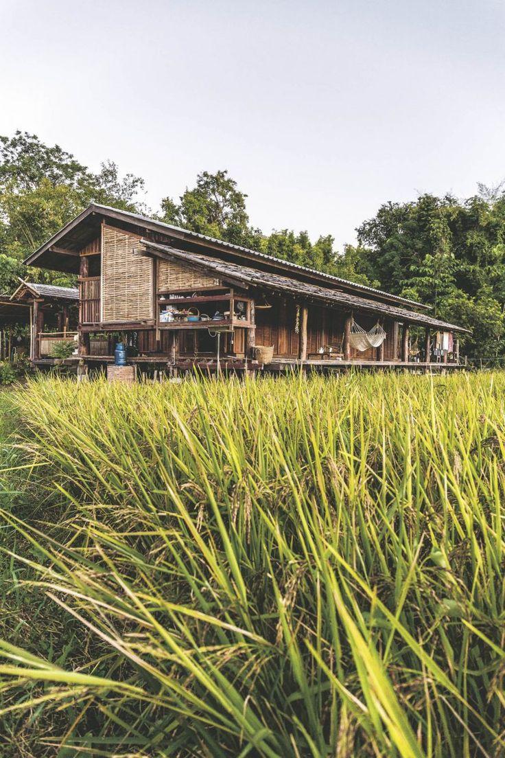 อยู่กับบ้าน...อยู่กับธรรมชาติ - สำนักพิมพ์บ้านและสวน