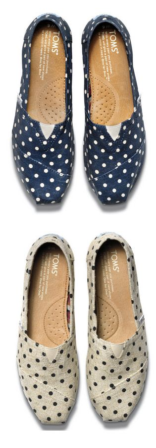 Love these polka dot TOMS rstyle.me/...