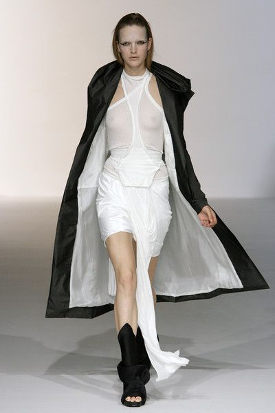 Rick Owens at Paris Fashion Week Spring 2010 - Runway Photos