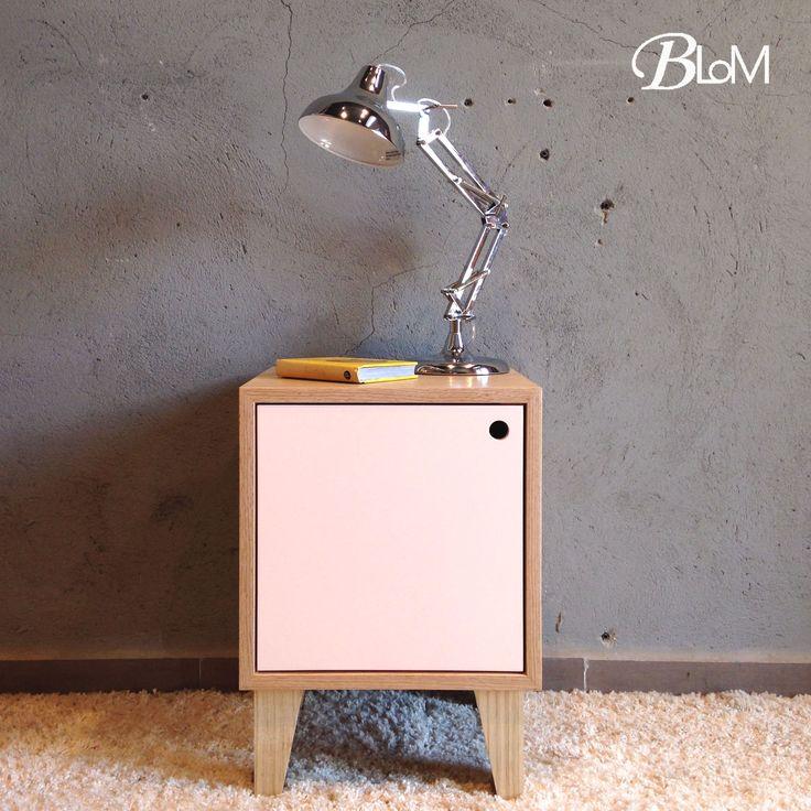 Modular Cerrado, ideal para usarlo de velador, mueble auxiliar o para ese rinconcito especial.