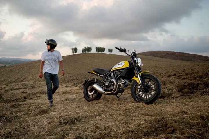 Ducati Scrambler reinterpreta la moto degli anni '70
