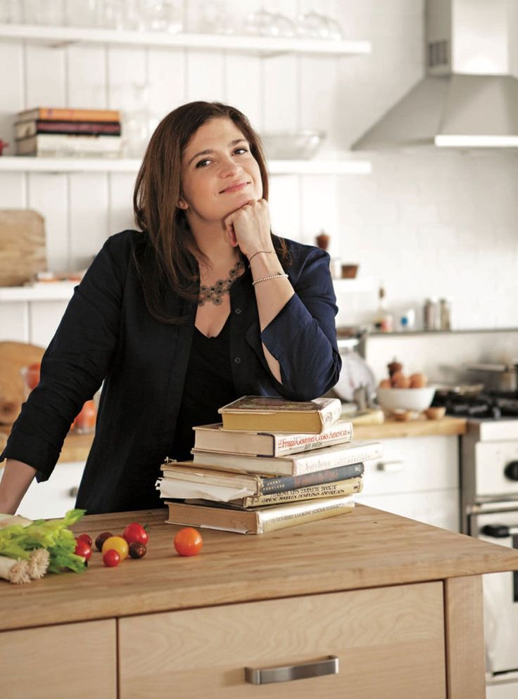 How Celebrity Chefs Eat On The Cheap (Like, Dinner For $10) #refinery29  http://www.refinery29.com/2016/10/127418/celebrity-chef-cheap-dinner-ideas