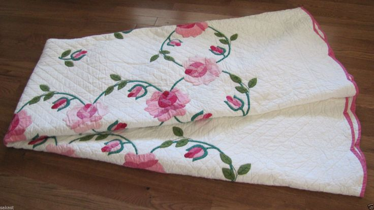 Rare Vintage Applique Rose Wreath Quilt Pink Green Near