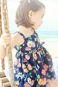Rochie cu imprimeu floral si bretele model Syanesi