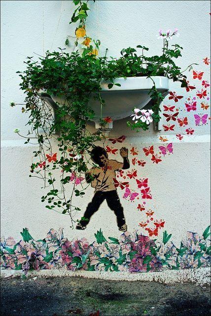 Mini street art by Alias #alias #streetart #urbanart