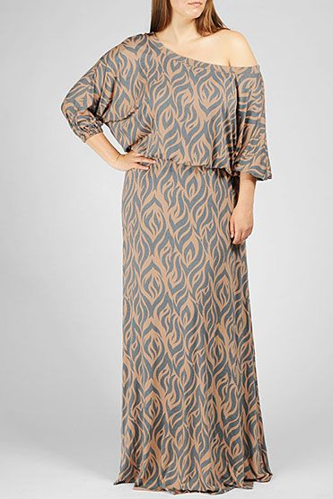 This chic off-the-shoulder maxi dress looks great with a wide belt!