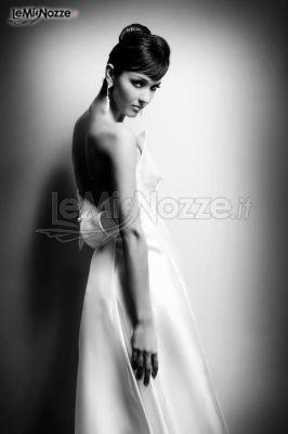 http://www.lemienozze.it/operatori-matrimonio/vestiti_da_sposa/abiti-da-sposa-torino/media/foto/1 Abiti da sposa con fiocco sul retro