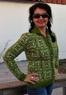 Korsrutekofte pattern by Kristin Holte