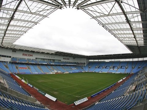 Ricoh Arena, Coventry. Saw Oasis here just weeks before they split up.